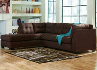 45200 Sectional Living Room