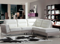 6237 Sectional Living Room