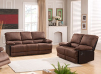 5621 Reclining Living Room