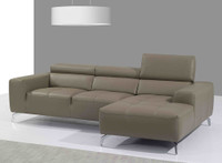 1515 Sectional Living Room