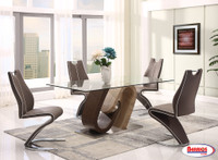 D4126 Dining Room Set