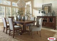 646 Mardinny Dining Room Set