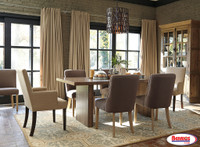 671 Fanzere Dining Room Set
