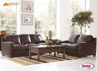 40001 Crestwood Living Room
