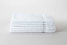 15 x 25 White Economy Salon Towel - 120 towels