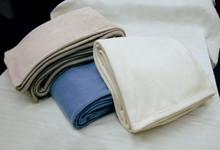 Queen Size Metropolitan Fleece Blanket - 6 per case