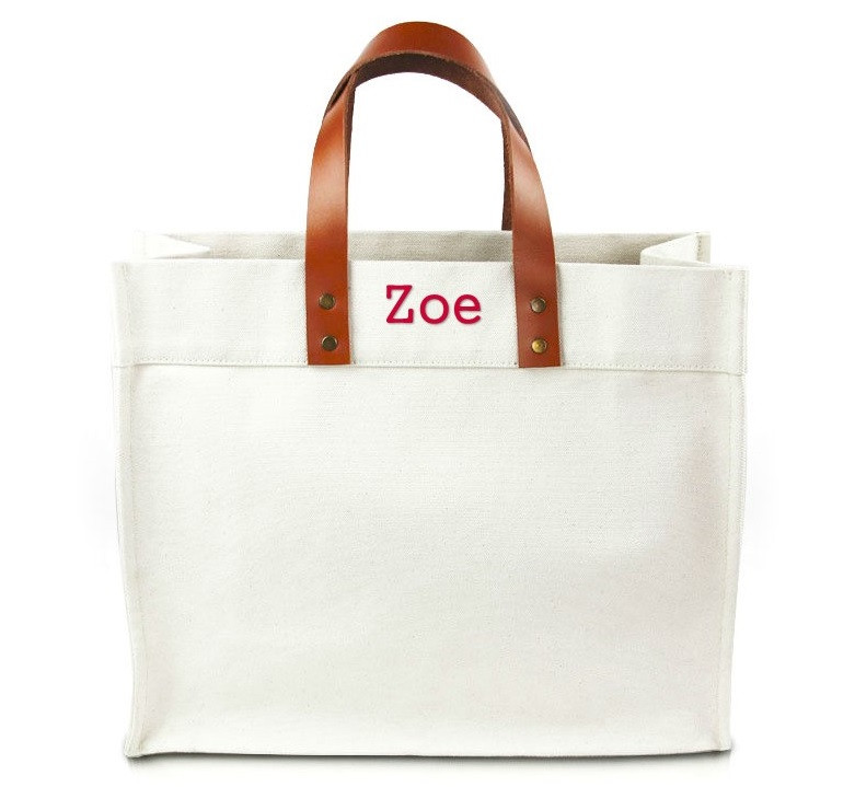 http://cdn3.bigcommerce.com/s-k33ret/products/369/images/4428/Fulham_Bride_Tote4__31139.1423316190.1280.1280.jpg?c=2