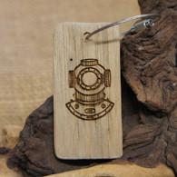 Engraved Driftwood Keyring - Diver