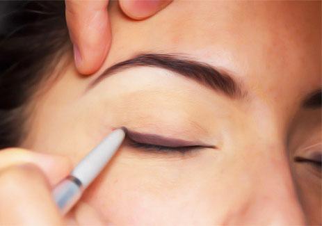 ramy-eyeliner.jpg