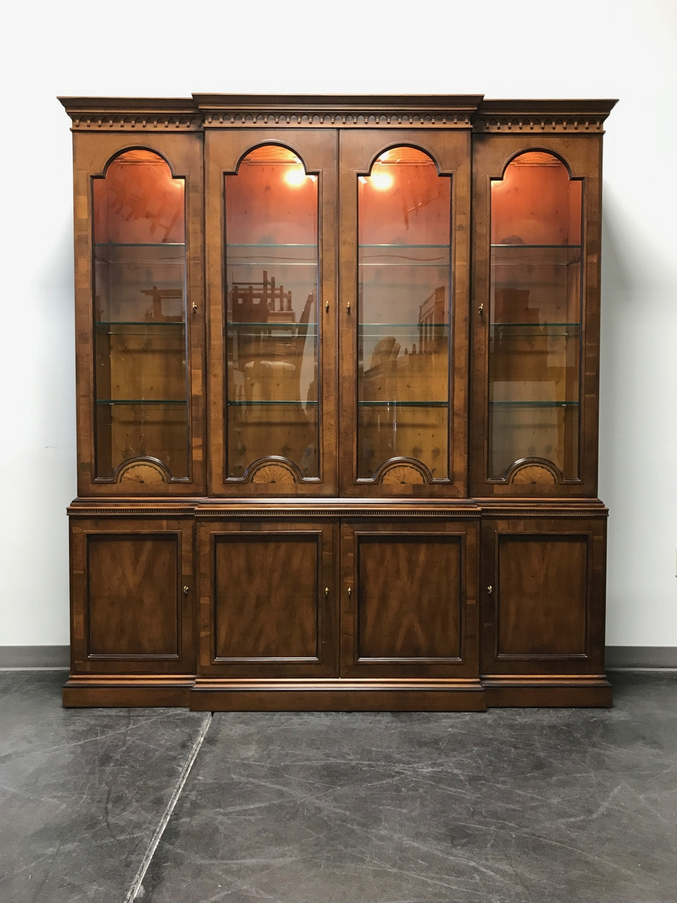 HENREDON 18th Century Collection Inlaid Yew Wood Breakfront China Cabinet