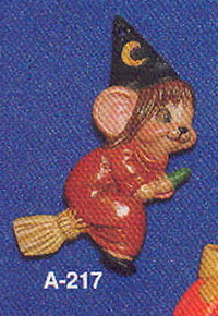 A-217 Witch Mouse on Broom
