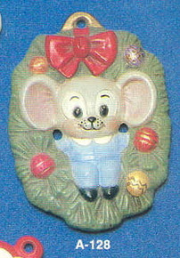 A-128 Mouse in Wreath
