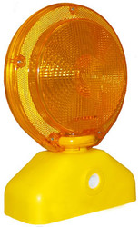 SP 3019298 Barricade Light, 6v  with Photocell, Incandescent Bulb, Yellow Case, Amber Lens