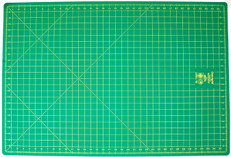 "Omnigrid Double-Sided 24"" x 36"" Mat"