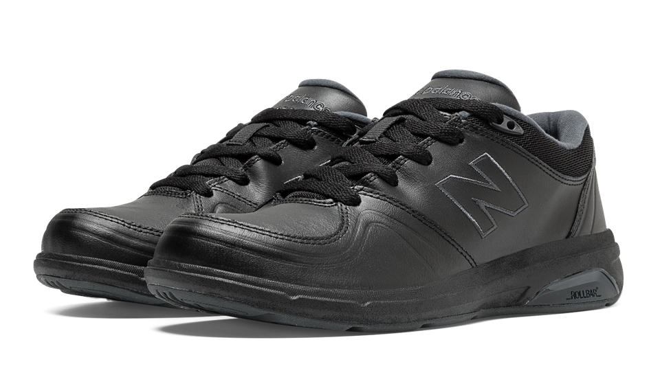 Men's 813 Walking Shoe