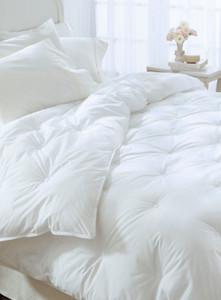 Twin Restful Nights® Ultima Supreme Comforter