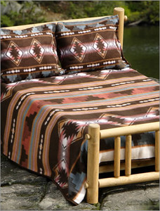 Grecas Blanket with Shams