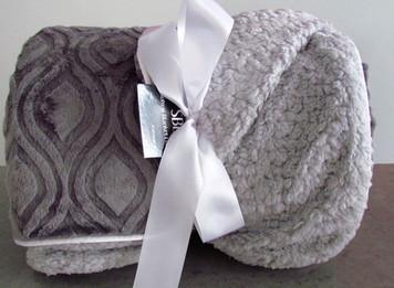 Softest Blanket Ever SBE Adult Mod Gray Blanket
