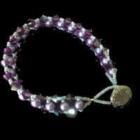 Handmade jewellery bracelet with Czech pearls and Swarovski crystals