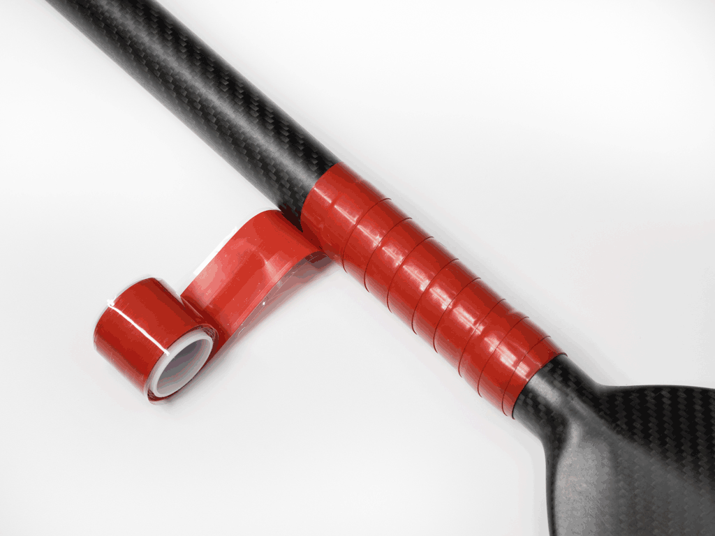 The grip also incorporates a special triangular profile that when wrapped onto itself results in a smooth, ridge free grip. Great for dragonboat, outrigger and kayak paddles.
