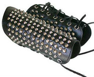 Heavy Studded Gauntlets