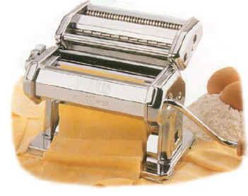pastamakingmachine.jpg
