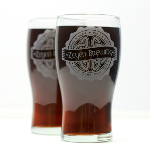 Personalized Engraved Home Brew Glasses with Irish Celtic Knot Brewing Label Design (Set of 2)