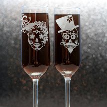Engraved Wedding Champagne Flutes with Sugar Skull Couple - Modern Style