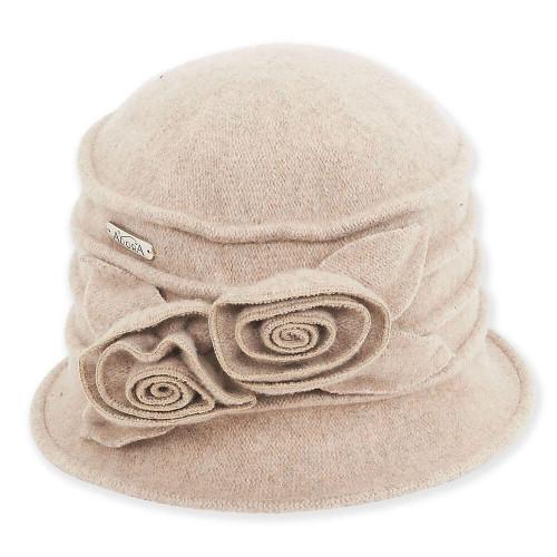 Soft Wool Cloche I Camel