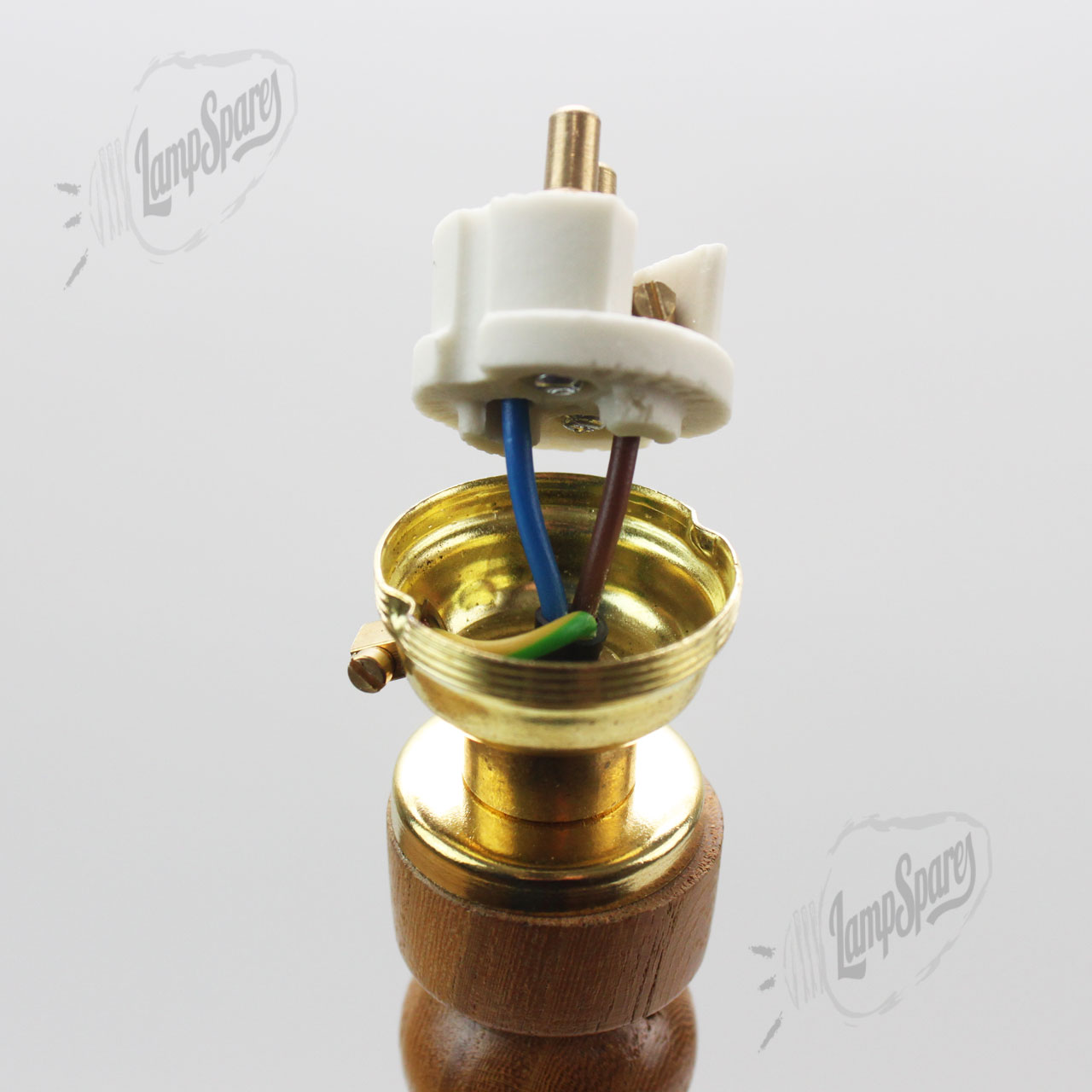 bc wiring 2?td1426256878 how to wire a bulb holder uk efcaviation com lampholder wiring diagram at cos-gaming.co