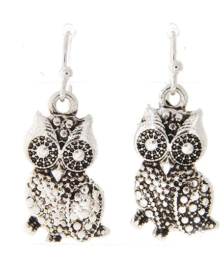 "resell for 18.00 or more ** Antique Silver Tone / Lead&nickel Compliant / Metal / Owl Dangle / Fish Hook Earring Set  • DROP LENGTH : 1 1/4""  • A.SILVER  Style #SMOE091917g"