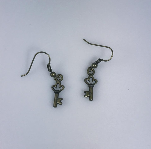 Resell for 5.00 or more Antiqued brass key Steel earwires Style #ABTK110717g