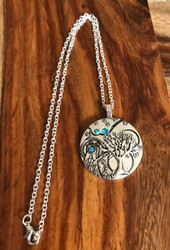 Resell for 12.00 or more 18 inch silver tone chain  Pewter pocket watch style pendant Tree of life blue crystal Style #BCSPTN112217g