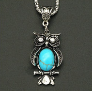 resell for 12.00 or more Pewter owl with turquoise magnesite 22 inch silver tone chain w ext Style #TNON113017g