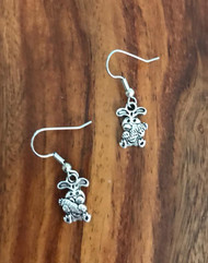 Resell for 5.00 or more Pewter bunny with carrot Surgical steel ear wires Style #BCE030818g