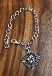 Resell for 9.00 or more Travel compass NSEW charm Silvertone charm bracelet 7.5 inch Style #TCB030918g