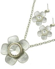 """resell for 27.00 or more Silver Tone / White / Clear Glass / Lead, Nickel & Cadmium Safe Metal / Post (earrings) / Pendant / Flower / Necklace & Earring Set /  •   LENGTH : 16 1/2"""" + EXT •   PENDANT : 2"""" X 2"""" •   EARRING : 1"""" X 1 1/2""""  •   SILVER/WHITE Style #SFNS031918g"""