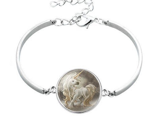 "resell for 12.00 or more Unicorn Silver Plated White Moon  17cm (6 6/8"") long Style #WKBU041318"