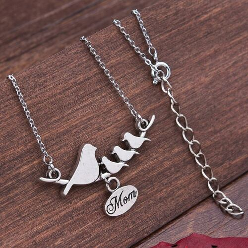 "resell for 12.00 or more Family Jewelry Necklace Antique Silver Mother Bird Oval Message "" Mom "" 50.5cm(19 7/8"") long Style #BMB041418"