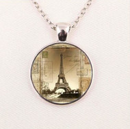 resell for 15.00 or more 22 inch silver tone chain plus ext Eiffel Tower Pendant Necklace Style #STETN041818