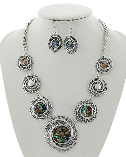 """resell for 65.00 or more Antique Silver Tone / Green Multi Color Abalone Shell W/epoxy / Lead&nickel Compliant / Metal / Fish Hook (earrings) / Graduating / Statement / Necklace & Earring Set  •   LENGTH : 19 1/2"""" + EXT •   EARRING : 1"""" X 1 3/4"""" •   DROP : 2"""" •   SILVER/ABALONE  Style #AACN062518"""