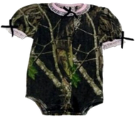 Easy On S/S Mossy Oak w/Pink Trim 3-6 Months