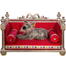 Princess Toto Dog Bed