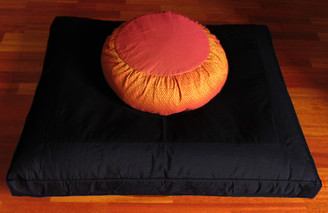 Meditation Cushion Set - Zafu & Zabuton - Global Weave Zafu Saffron on Black Zabuton