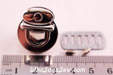 Small  Tongue Lock in Shiny Nickel