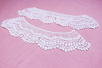 PAIR of Twin Cotton Lace Collar in Snow& Natural White (004)