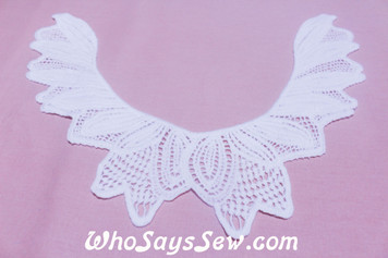 Medium Cotton Lace Collar/Yoke in Snow& Natural White (0298 )