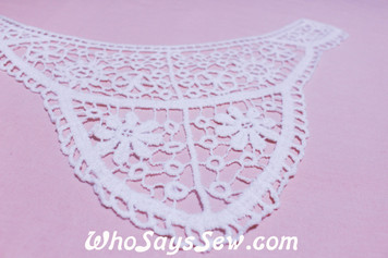 Medium Cotton Lace Collar/Yoke in Snow& Natural White (0745 )