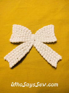 """Bow""- Cotton Lace Motif in Snow& Natural White (s031)"