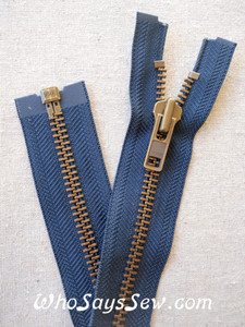 "YKK Size 8 Separating/Open Ended 75cm(30"") Zipper with Antique Brass Metal Teeth. Heavy Weight for Jackets. DARK NAVY Tape"